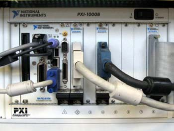 National Instruments PXI 1000B