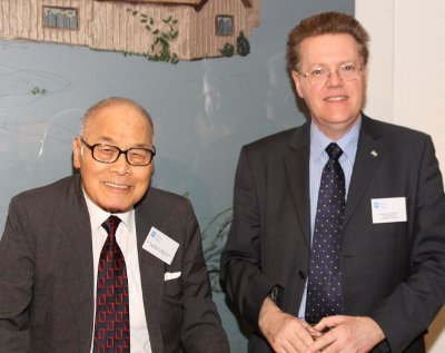 Sir S Y Chung and the Vice-Chancellor