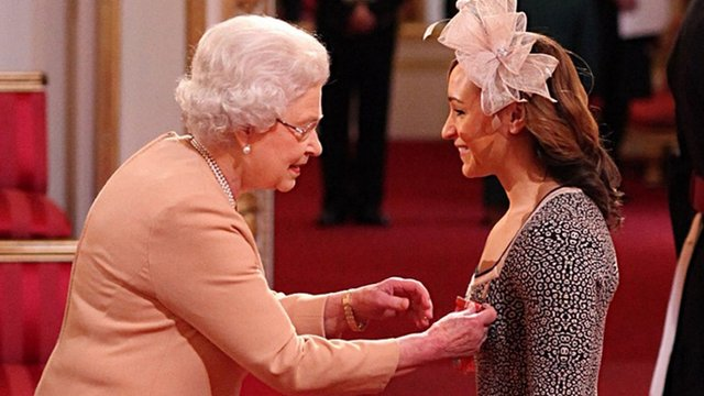 Picture of the Queen awarding Jessica Ennis CBE