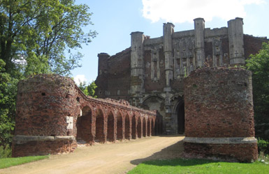 Our students research in Thornton abbey