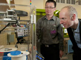 Mercury Centre staff demonstrate 3D printing technology to an industry visitor