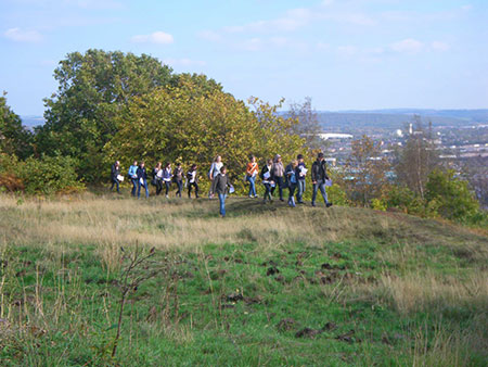 Young people explore the heritage of Winkobannk Hill