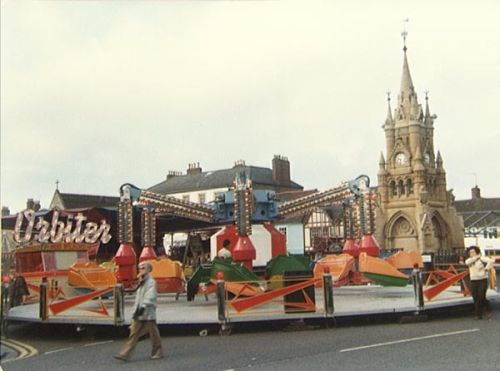 R. Wilson's Orbiter, manufactured by Woolls/Tivoli, Stratford-upon-Avon Mop Fair, 1979