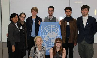 Students at a Model UN Social Sciences outreach event
