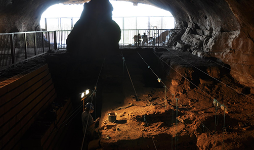 Wonderwerk cave, archeological site in South Africa. © Michael Chazan