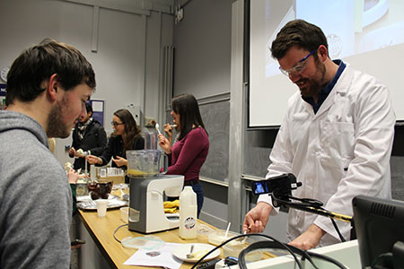 Dr Stuart Archer demonstrating the practical chemistry of cooking