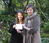Image of winner Samanta Kleine with Dr Andrea Wigfield