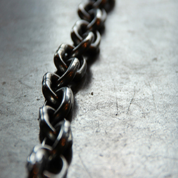 Image of a thick metal chain