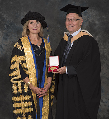 David Fyfe (R) with University Chancellor Lady Justice Rafferty (L)