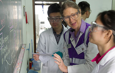 Dr Julie Hyde teaching in Nanjing