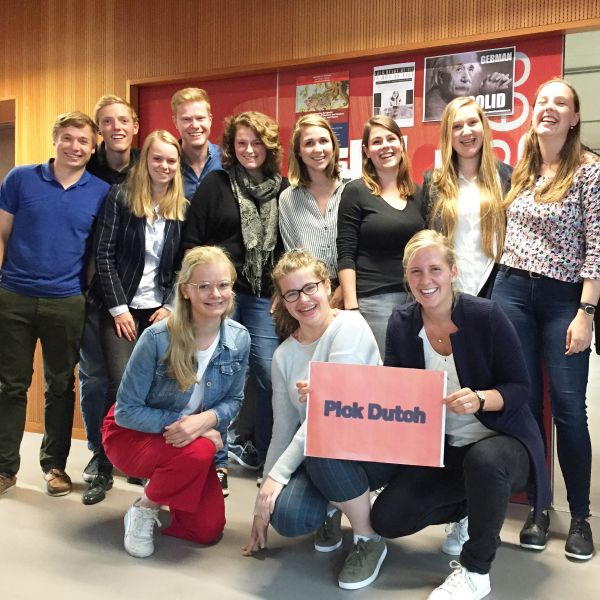 group students with Pick Dutch sign