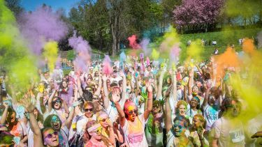 Students taking part in Sheffield colour run