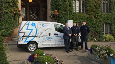 University electric van outside Firth Court