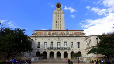 The main building of University of Texas at Austin