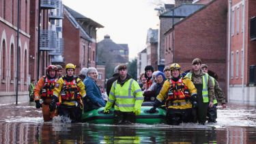 British soldiers and mountain rescue teams evacuated people in York 2015
